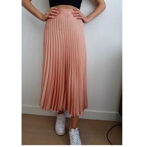 Zara Pink Pleated Maxi Skirt 💗💗💗
